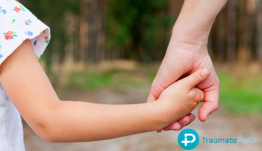 codo de niñera - pronación dolorosa